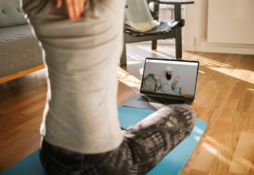 Yoga en línea: ¿Cuáles son las ventajas de hacer yoga desde casa?